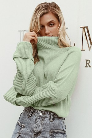 Eira Pistachio Knitted Pullover