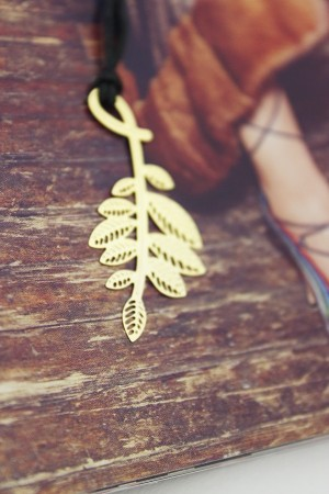 Leaf 18k Gold Plated Bookmark