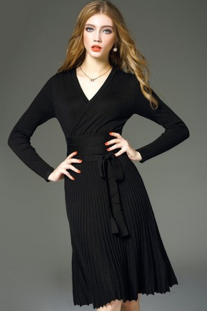 Dorothy Noir Pleated Dress