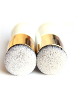 Gold Foundation Brush