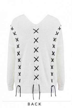 Lea Lace up Pullover